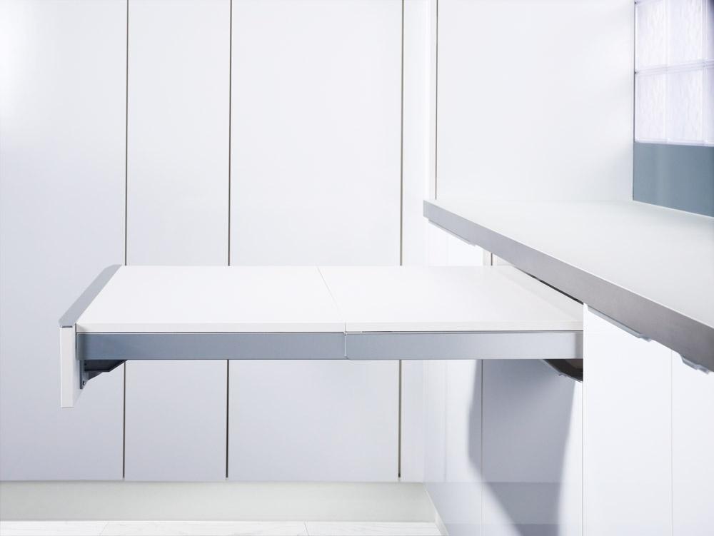 Mesa para cocina pequea novak manitas ideas para - Mesa plegable con sillas dentro ikea ...