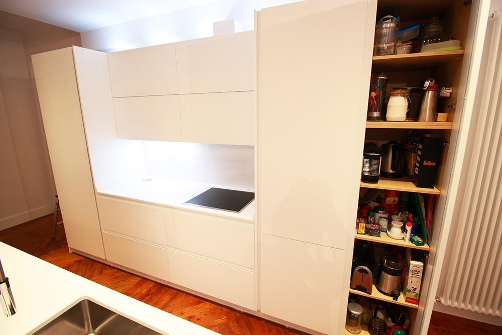 Un mueble despensa en el dise o de la cocina en madrid - Mueble despensa cocina ...