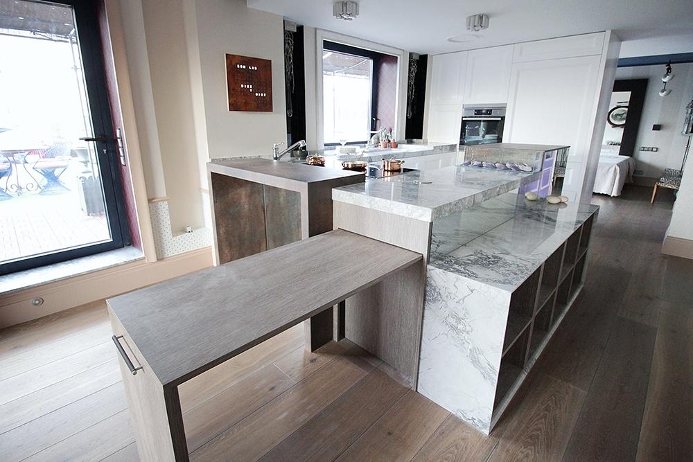 Diseño de cocinas en Cocina moderna con muchos detalles- Galería de ...