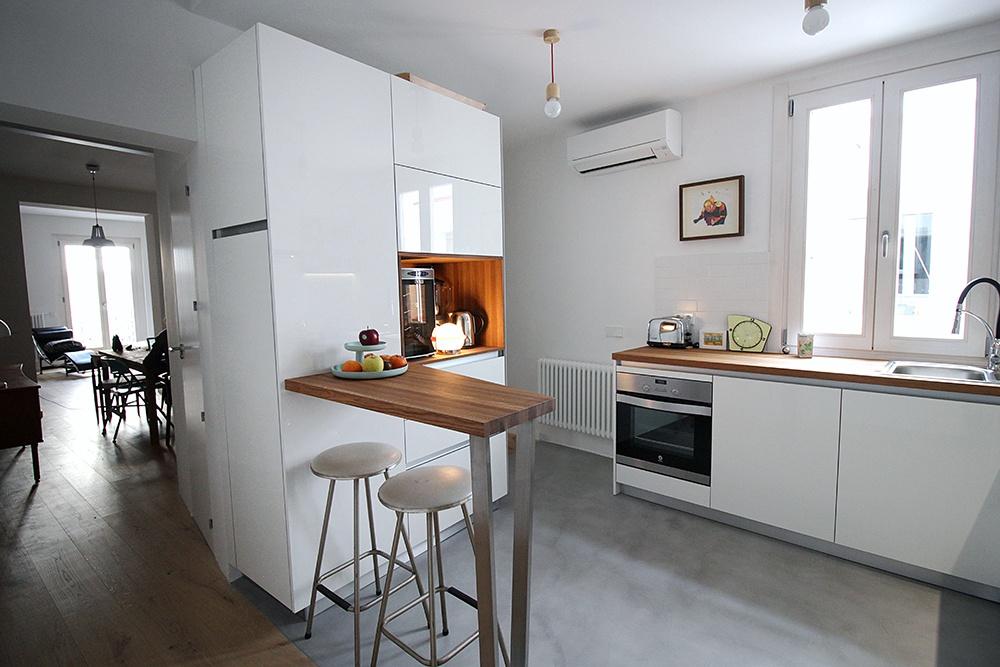Cocinas de madera blanca top cocina madera de olivo y for Cocinas de madera blanca