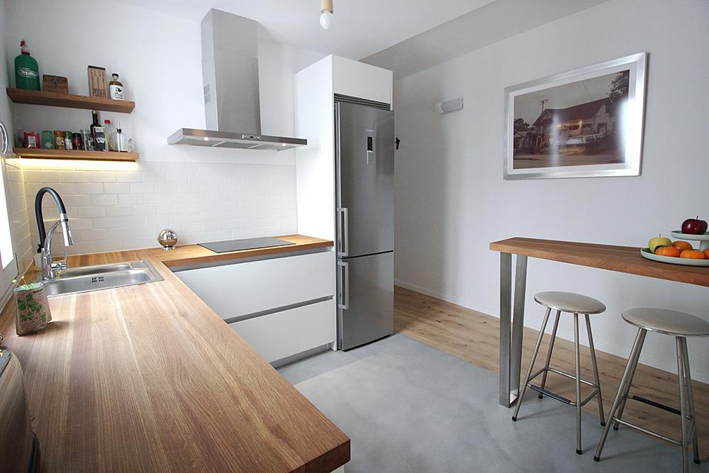 Dise o de cocinas en madrid reforma de cocinas cocinas for Cocina blanca encimera roja