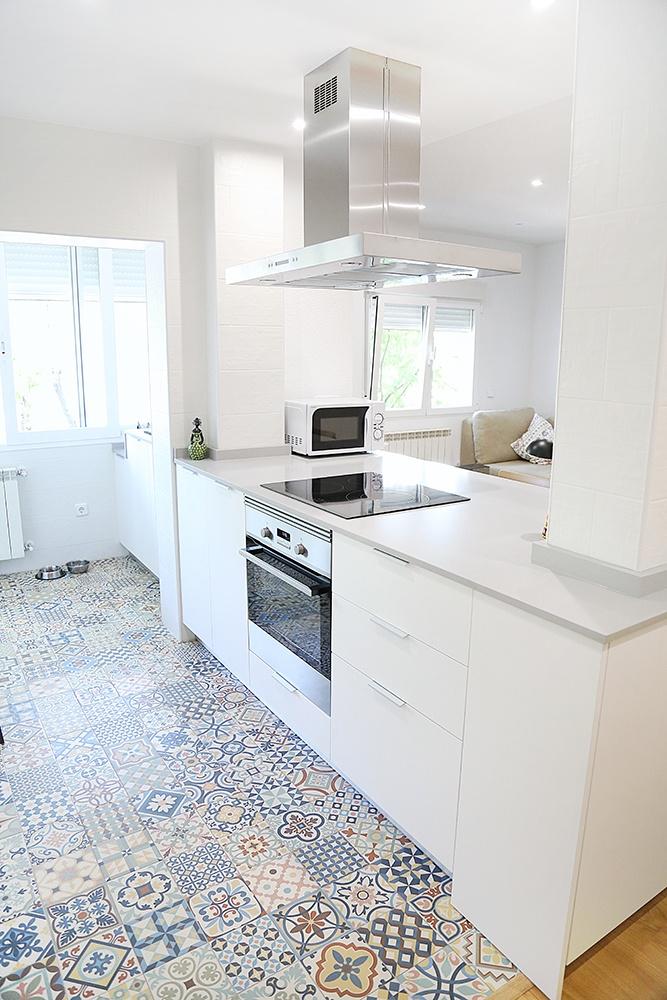 Galeria De Proyectos Realizados Encuentre Su Cocina Linea 3 Cocinas - Cocinas-blancas-con-isla