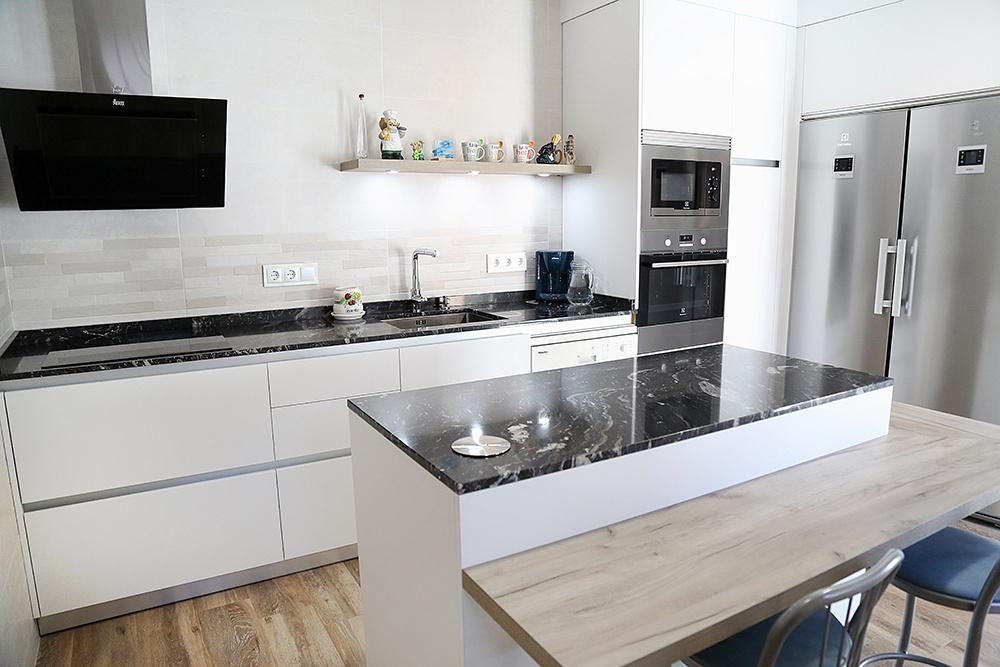 Precios de cocinas optimiza tu presupuesto con medidas - Medida encimera cocina ...