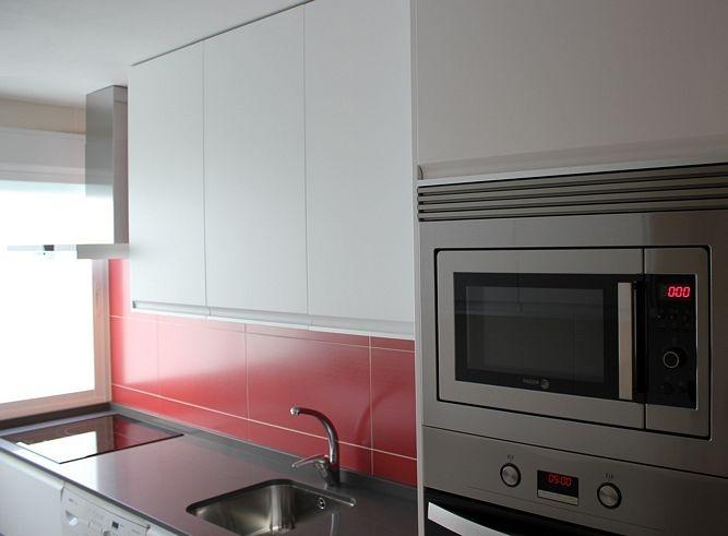 Diseño de cocinas en Carabanchel cocina modelo Gaudi lacado seda ...
